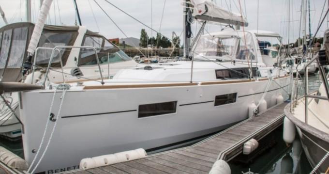 Alquiler de Bénéteau Oceanis 35 en Les Sables-d'Olonne