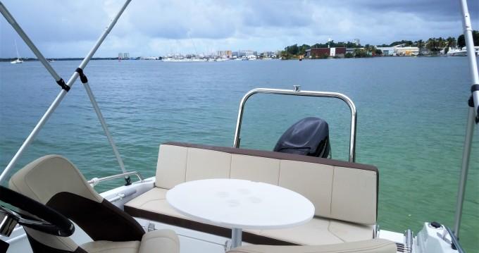 Alquiler de yate Pointe-à-Pitre - Bénéteau Flyer 5.5 SUNdeck en SamBoat
