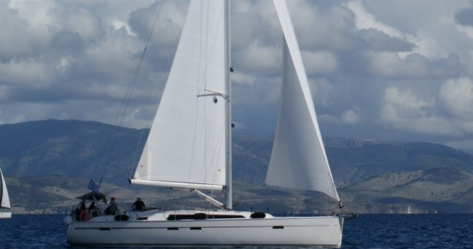 Alquiler de yate Lávrio - Bavaria Cruiser 51 en SamBoat