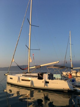 Alquiler de yate Gouviá - Jeanneau Sun Odyssey 440 en SamBoat
