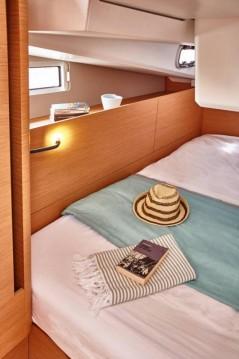 Alquiler de barcos Marina di Portisco barato de Sun Odyssey 440