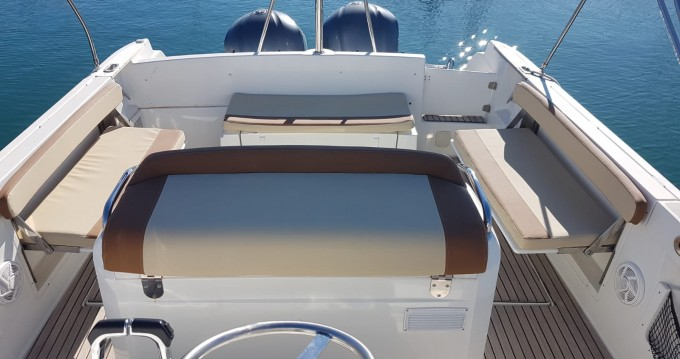 Alquiler de yate Alicante - Jeanneau Cap Camarat 8.5 CC en SamBoat
