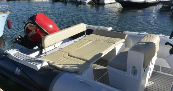 Alquiler de barcos Tiger 850 Open enBormes-les-Mimosas en Samboat