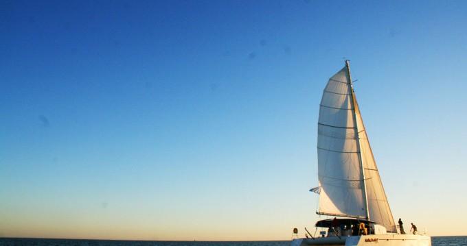 Catamarán para alquilar La Rochelle al mejor precio