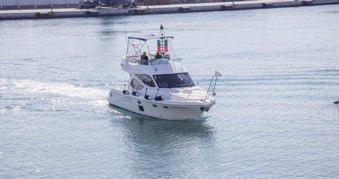 Alquiler de barcos Dénia barato de 41 Cruiser