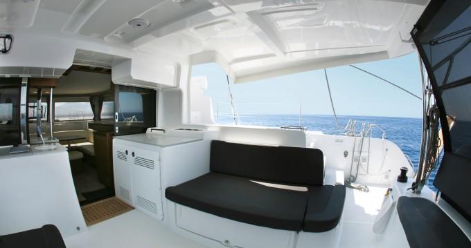 Alquiler de Catamarán, con o sin patrón Lagoon El Pireo