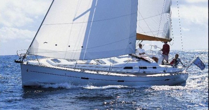Alquiler de Oceanis 393 en Arzon