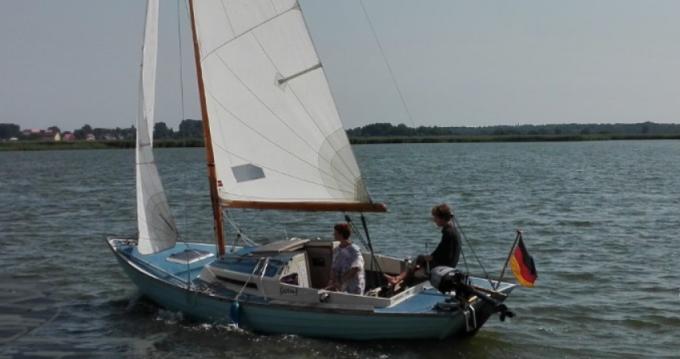 Nordic Folkboat entre particulares y profesional Kröslin