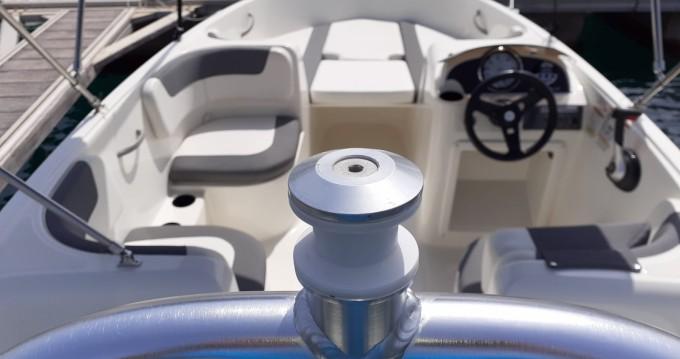 Alquiler de barcos Alicante barato de Element E5