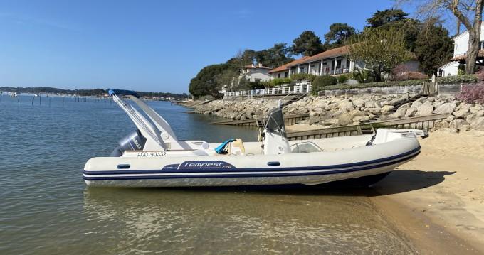 Alquiler de barcos Lège-Cap-Ferret barato de Tempest 770