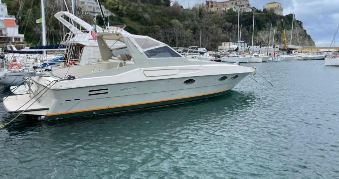 Alquiler de yate Castellammare di Stabia - Riva bravo 38  en SamBoat