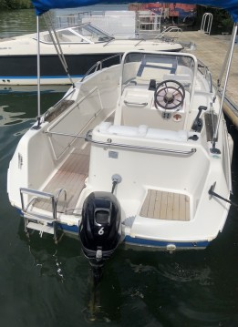Alquiler de barcos Mâcon barato de Quicksilver 500 Commander