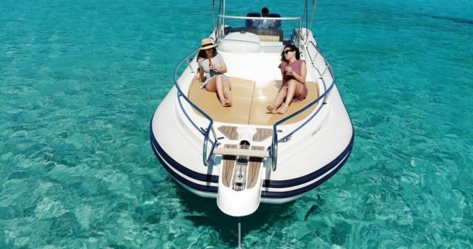 Alquiler de barcos Capelli Tempest 900 enIsla de Ibiza en Samboat