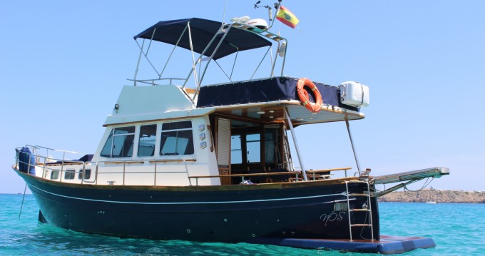 Alquiler de Myabca 40 en Mahon Port