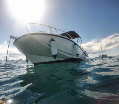 Alquiler de barcos Alicante barato de Activ 605 Open