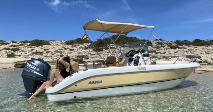 Alquiler de Sessa Marine Key Largo 20 en Isla de Ibiza