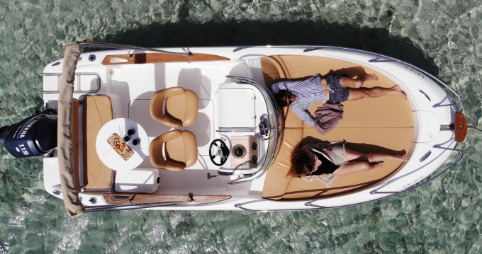 Alquiler Lancha en Isla de Ibiza - Sessa Marine Key Largo 20