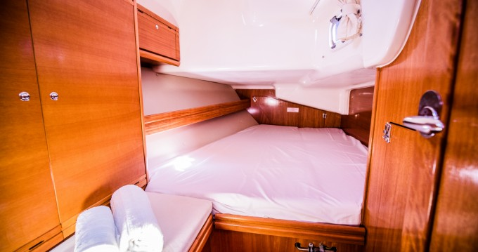 Alquiler de Bavaria Bavaria 40 Cruiser en Alicante