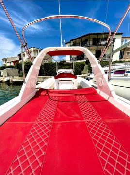 Alquiler Neumática Wimbi Boats con título de navegación