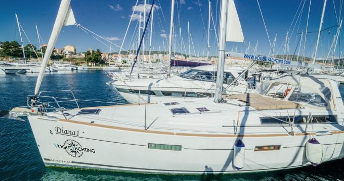 Alquiler de barcos Šibenik barato de Oceanis 45