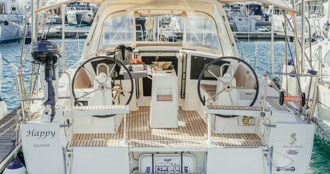 Alquiler de barcos Šibenik barato de Oceanis 38