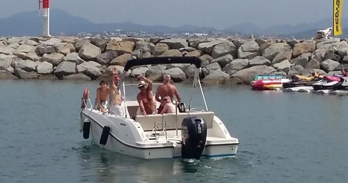 Alquiler de barcos Sainte-Maxime barato de Cap Ferret 650 Open