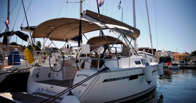Alquiler de barcos Biograd na Moru barato de Cruiser 34