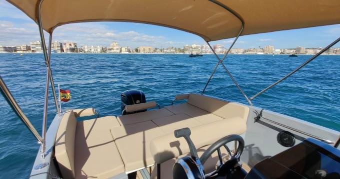 Alquiler de Nuva Nuva M6 Open en Port de Alicante
