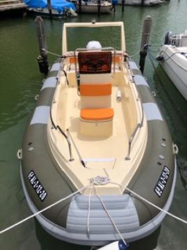 Alquiler de yate Sotogrande - Cobra Hybrid 5,80 en SamBoat