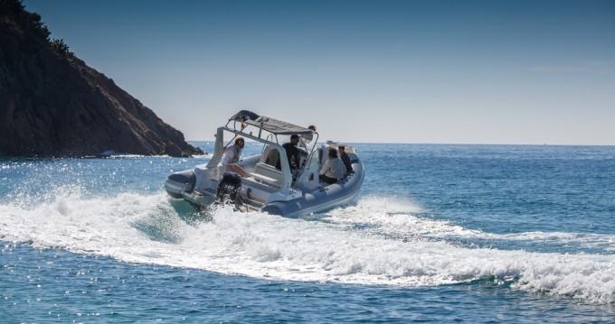 Alquiler de barcos Palamós barato de Tiger Marine 850 Topline