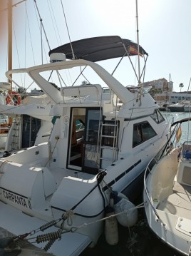 Alquiler de yate Dénia - Bayliner Avanti 3488 Command Bridge en SamBoat