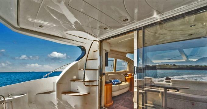 Alquiler de barcos Azimut Azimut 46 Fly enPalma de Mallorca en Samboat