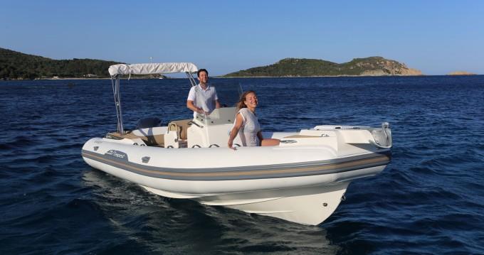 Alquiler de barcos Capelli Tempest 775 enPalma de Mallorca en Samboat
